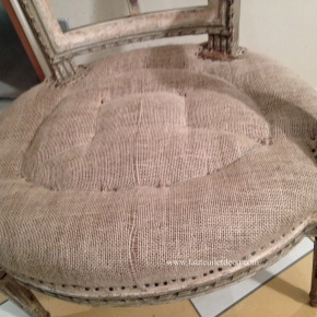 Réfection fauteuil Louis XVI – De l'emballage aurabattage