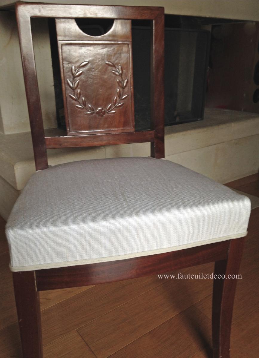 retapisser des chaises de salle manger empire fauteuil d co. Black Bedroom Furniture Sets. Home Design Ideas