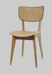 chaise-en-skai-des-annees-50-avant-restauration