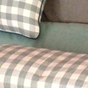 Des coussins et un jeté de canapésur-mesure